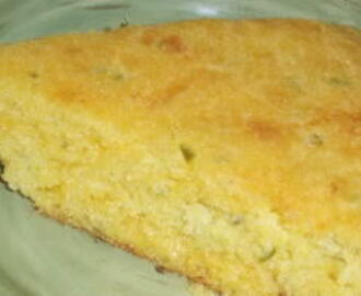 Cornbread with Jalapenos and Cheese