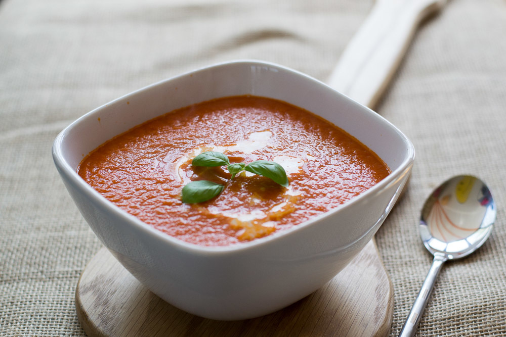 Easy Vegan Tinned Tomato and Basil Soup Recipe