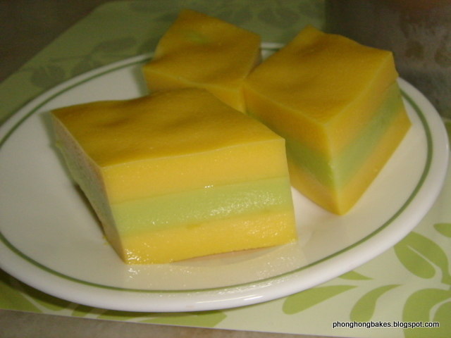 Bentng (Three Layer Egg Custard Cake)