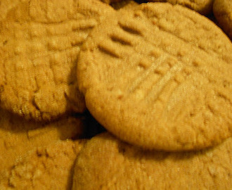 Easy Delicious Peanut Butter Cookies