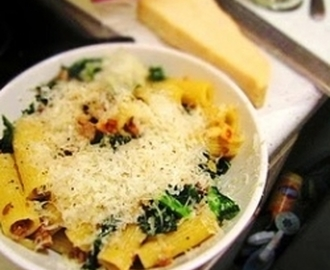Italian Turkey Sausage and Kale Rigatoni