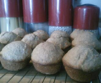 Applesauce Muffins (clean eating, whole wheat and low fat)