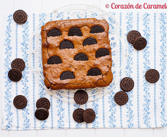 Brownie con galletas Oreo
