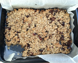 Dairy and Sugar-free Fruity Flapjacks