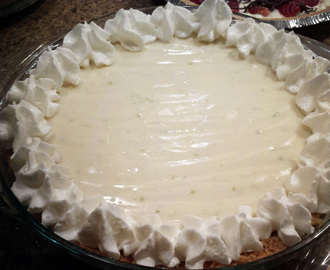 Easy Key Lime Pie with a Skinny Graham Cracker Crust