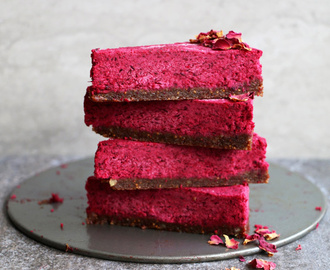Raw Beetroot Cake with Walnut and Fig Crust