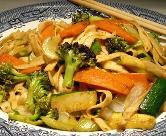 Carb-Friendly Vegetable Lo Mein