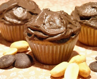 Mini Peanut Butter Cupcakes with Chocolate Frosting