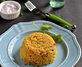 Tomato Biriyani - Pressure Cooker Method