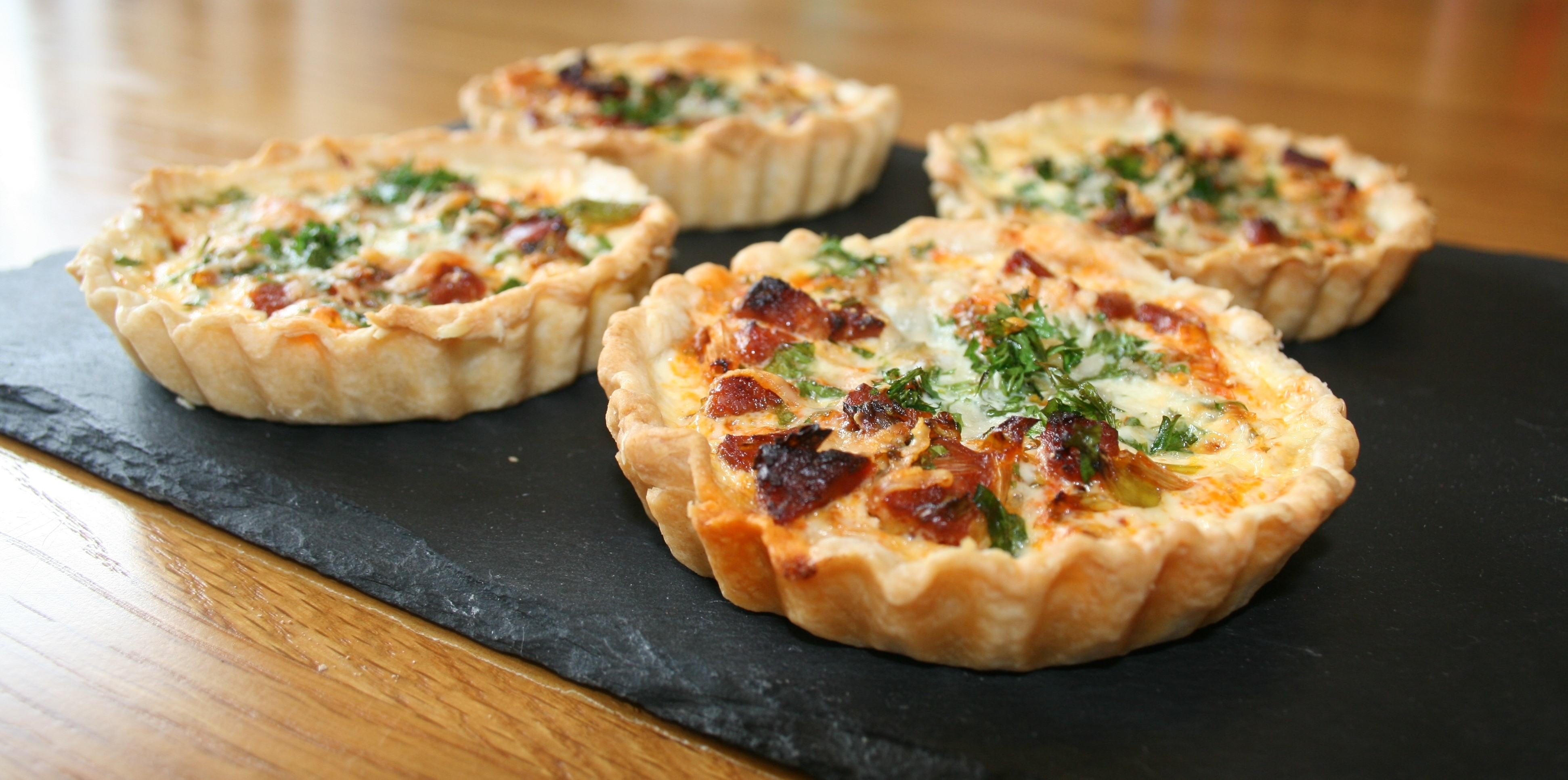Chorizo & Spring Onion Tarts And Belling BI60MF Multifunction Oven Review (Video)