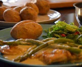 Chicken & Asparagus in a White Wine Sauce