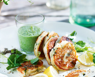 ricotta fritters with pea and mint dip