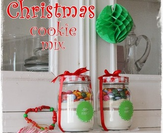 DIY: Christmas cookie mix in a jar