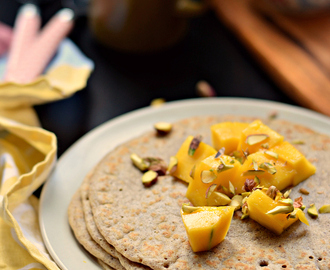 Oats, Mango and cardamom pancakes | Easy breakfast ideas