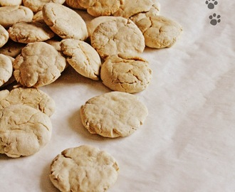 Biscotti per cani fatti in casa / Homemade Cookies for dogs