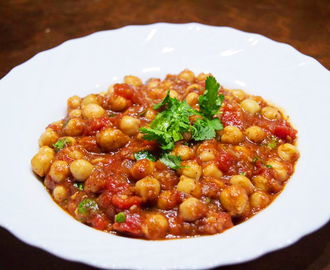 Indian Style: Sweet and Sour Chickpeas