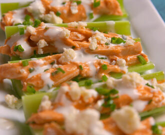 Buffalo Chicken Celery Boats