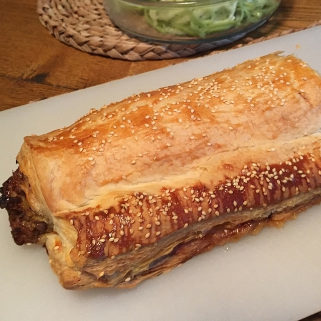 Giant Sausage Roll – Jamie's Comfort Food