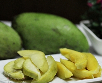 Jeruk Mangga (Young Mango Pickles)