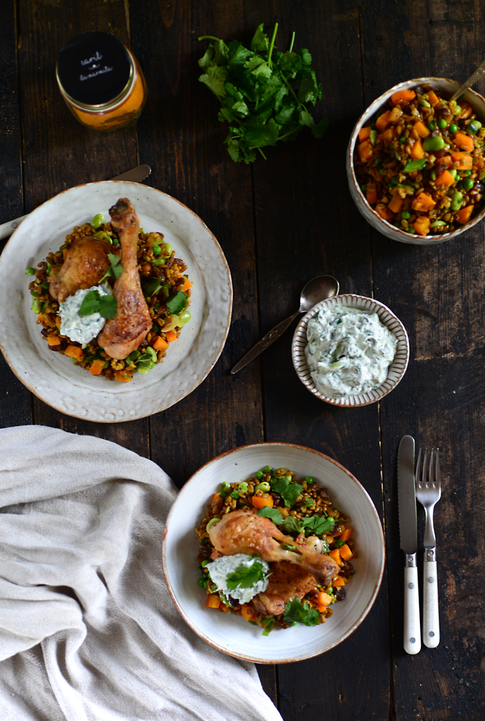 Crispy Chicken, Curried Spelt Salad and Raita / Frango assado, com Salada de Espelta de Caril e molho Raita.