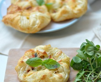 Ham, Egg & Tomato Brunch Parcels