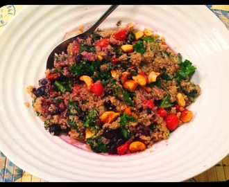 Detoxifying Roasted Blueberry-Kale Quinoa Salad!