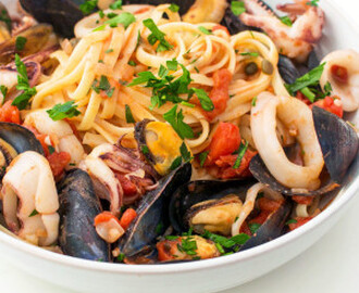 Italian Seafood Pasta with Mussels & Calamari