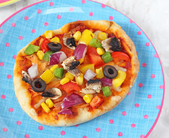 DIY Pitta Bread Pizza for Kids