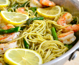 Pesto, Pasta, Shrimp and Asparagus