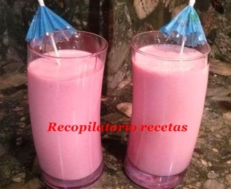 Batido de fresas y manzana light en thermomix