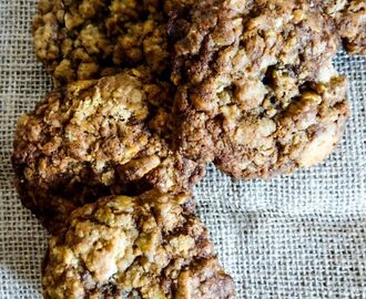 White Chocolate & Golden Oreo Oat Cookies