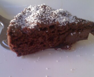 Gluten Free, Ultra Low Fat Gooey Chocolate Cake (egg-free, dairy-free option)