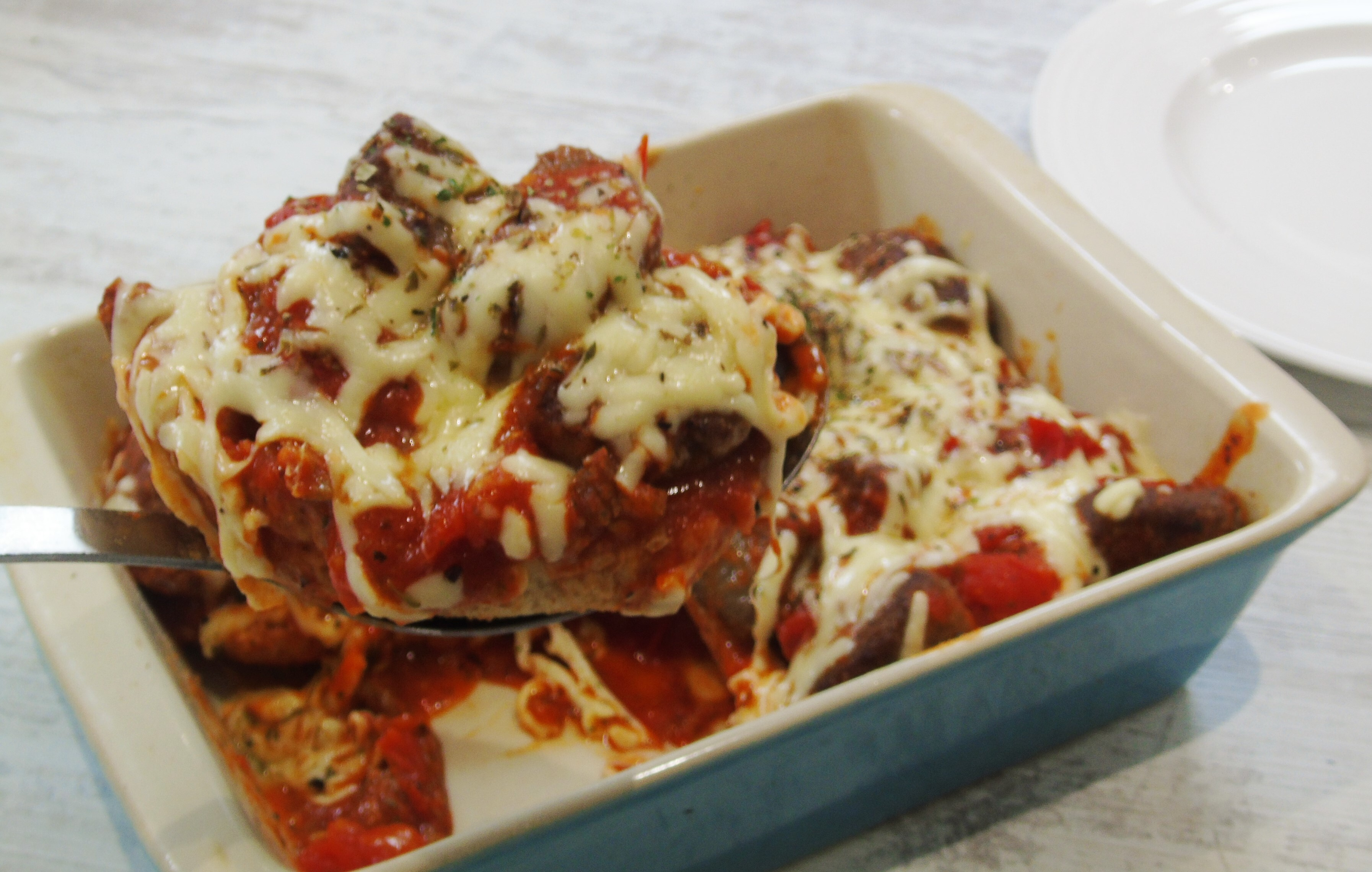Syn Free Cheesy Oven Baked Meatball Subs | Slimming World