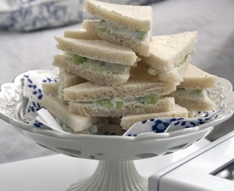 Downton Abbey Cucumber sandwiches / Kumarični sendviči