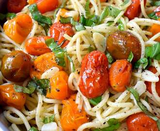 Vegan Roasted Tomato Pasta with Garlic and Basil