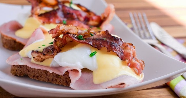 Low Carb - Eggs Benedict