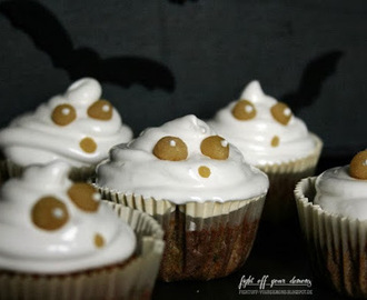 Cute Ghost Cupcakes for Halloween