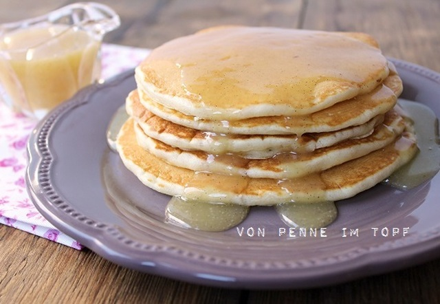 Pancakes mit Brown Butter-Buttermilk-Syrup