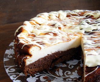CHEESCAKE CON BASE DE BROWNIE