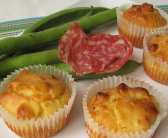 Mini muffin al salame e pecorino