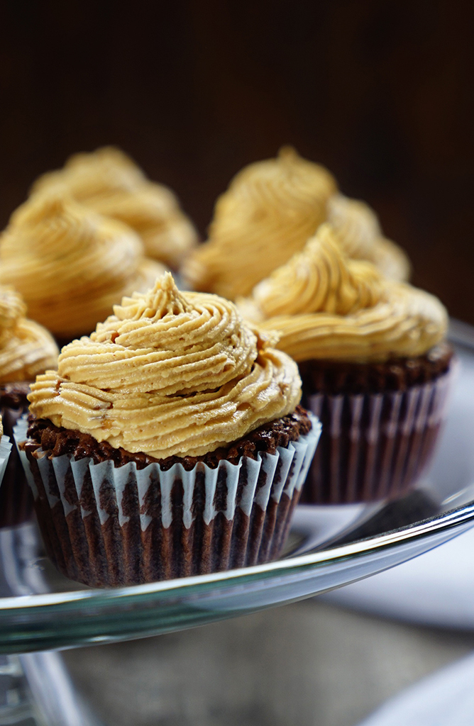 Brownie Cupcakes with Peanut Butter Marshmallow Buttercream Frosting