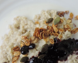 Porridge with Spiced Blueberries