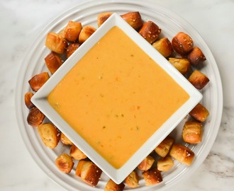Homemade Nacho Cheese Dip