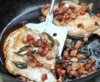 Pan-fried Chicken with Pancetta and garlic