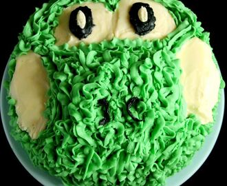 Woolly Yoshi Birthday Cake and #BakeOfTheWeek