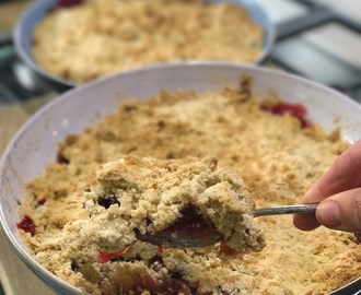 Apple, plum and blackberry crumble