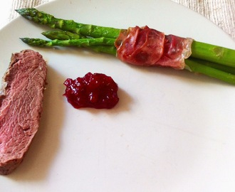 HORSE TENDERLOIN ROAST WITH PROSCIUTTO WRAPPED ASPARAGUS