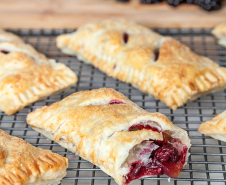 Blackberry and apple parcels (from the Little Dish Family Cookbook)