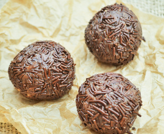 Chocolate Orange Truffles with Coconut