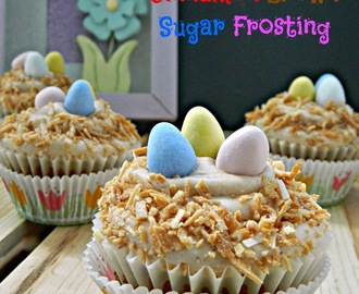 Carrot Cupcakes with Brown Sugar Cinnamon Frosting #GayLeaFoods
